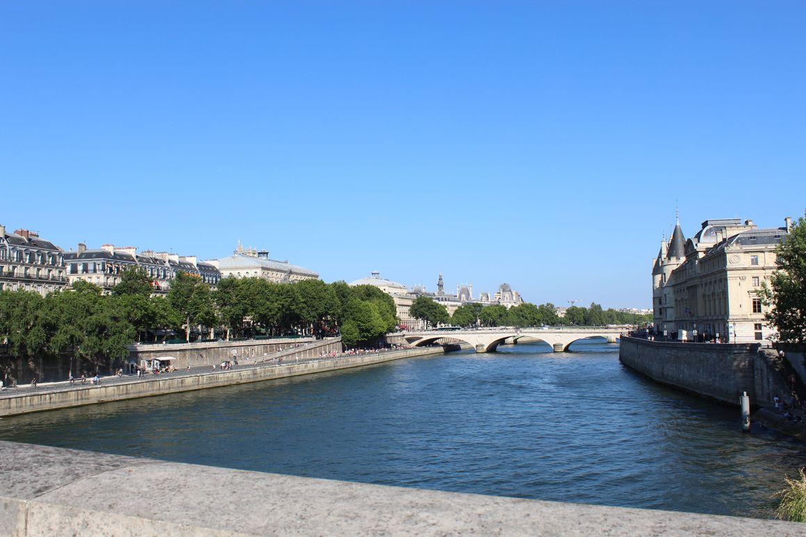 1 robe, 2 looks - lilytoutsourire - Paris